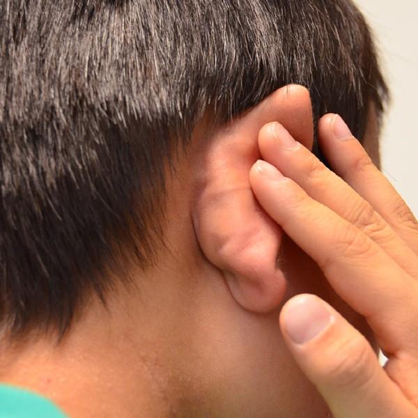 症例写真 小学生 子供 アトピー 耳